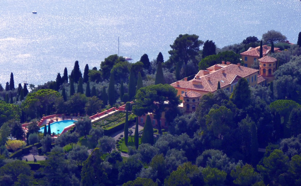 """Villa Leopolda Villefranche-sur-Mer"" by Miniwark - Own work. Licensed under Creative Commons Attribution-Share Alike 3.0-2.5-2.0-1.0 via Wikimedia Commons - http://commons.wikimedia.org/wiki/File:Villa_Leopolda_Villefranche-sur-Mer.JPG#mediaviewer/File:Villa_Leopolda_Villefranche-sur-Mer.JPG"